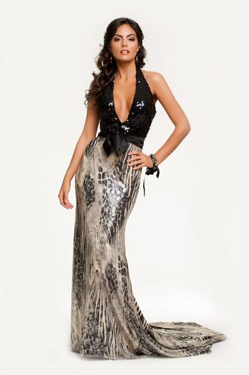 Miss Universe katika pozi