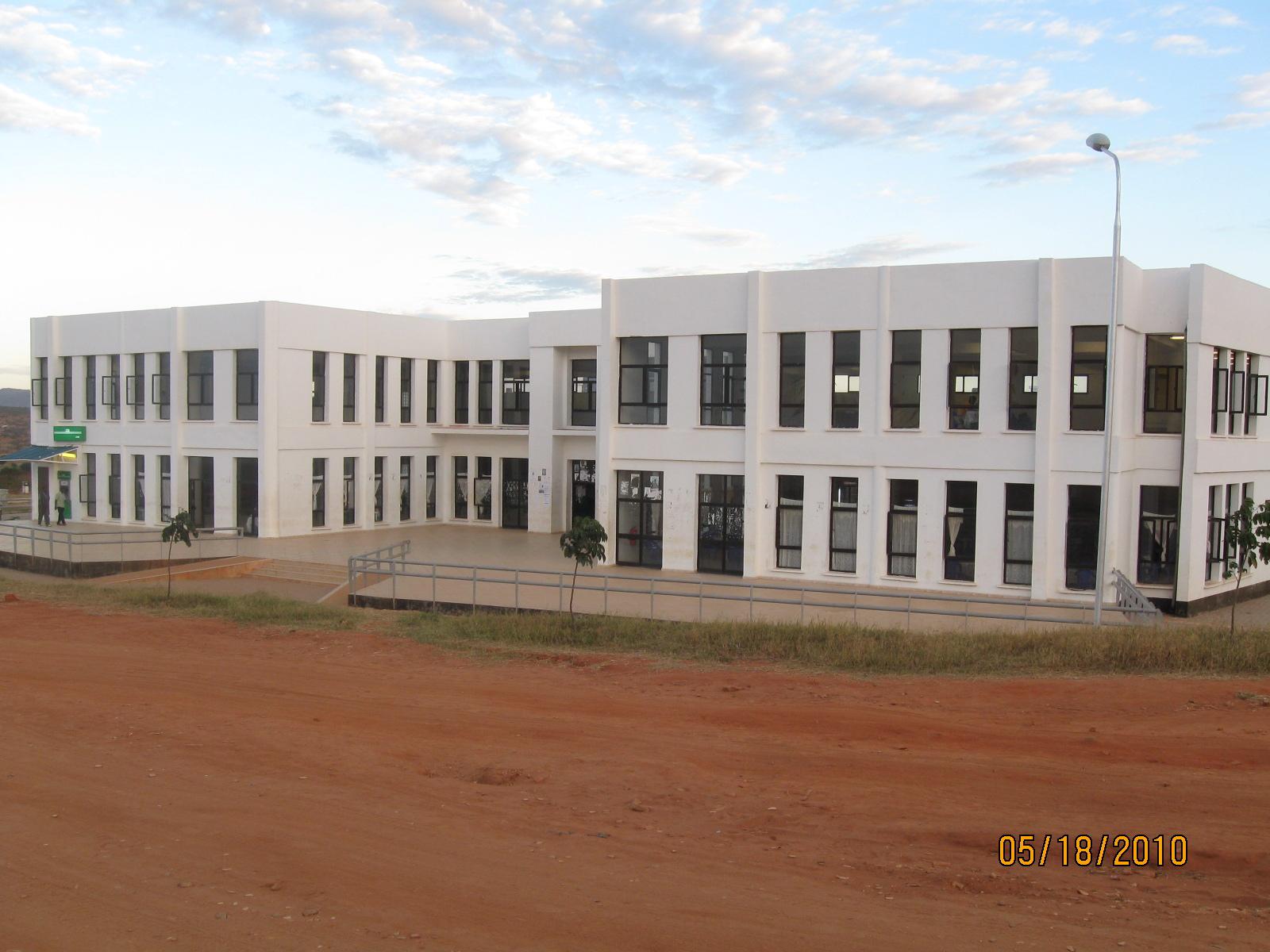 Mbuzi Mzee Picha Za Uchi Wanafunzi Wa Zanzibar Clinic
