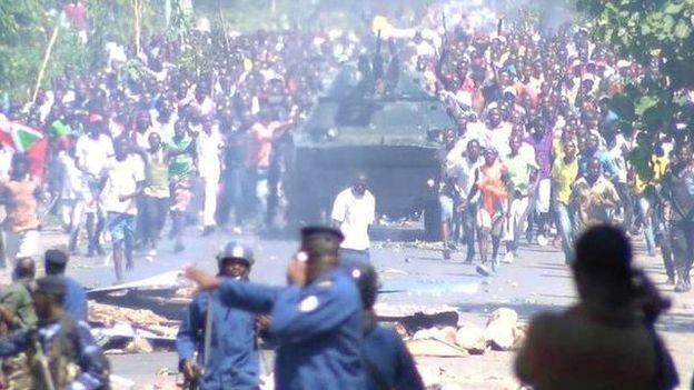 150513150006_manuari_zaidi_zaonekana_barabarani_mjini_bujumbura_640x360_bbc_nocredit